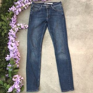& Other Stories Skinny Blue Jeans Size 25